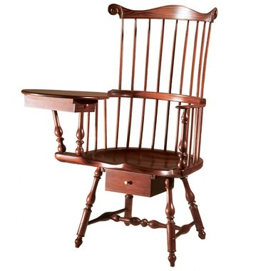 D R Dimes Philadelphia Writing Arm Windsor Chair Windsor